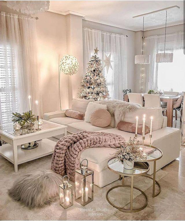 Credit: @paula_silvagni_interiors....#livingroom #roominspiration #roomdecor #livingroomdesign #inspirationalquotes #interiordetails #homebyis #evdekorasyon #evim #guzelevim #dekorasyonfikirleri #dekorasyon #decoracao #housedesign #homegoals