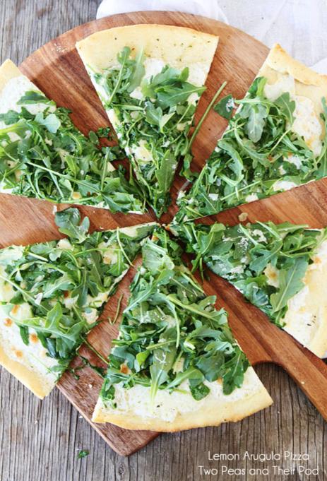 Lemon Arugula Pizza Recipe on twopeasandtheirpod.com So fresh and delicious!
