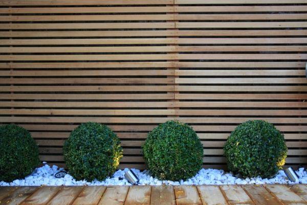 Rhodondendron Holzzaun Kieselweg Design Garten Pinterest - sichtschutz holz modern