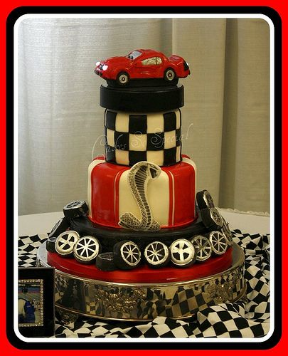 Racing Cobra Layered chocolate cakes Wafer paper and Cake chocolate