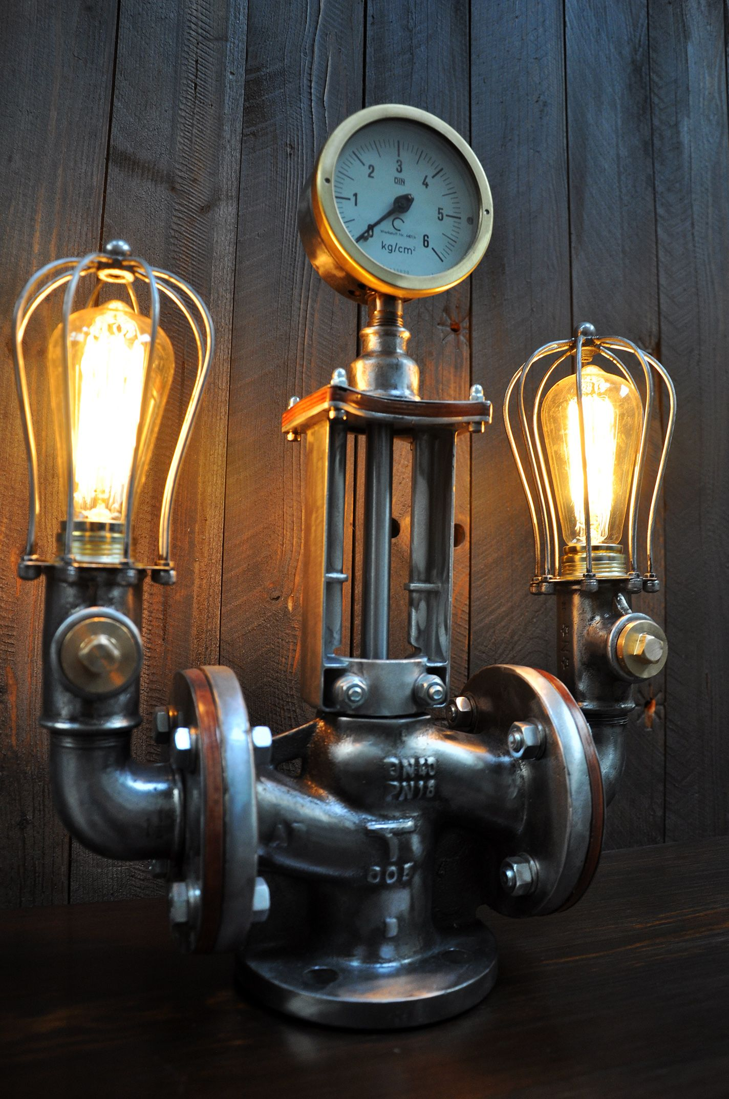 Lampen Im Industriedesign Industriedesign Lampe, Steampunk, Lamp | Industriedesign Lampen, Industrie, Lampe