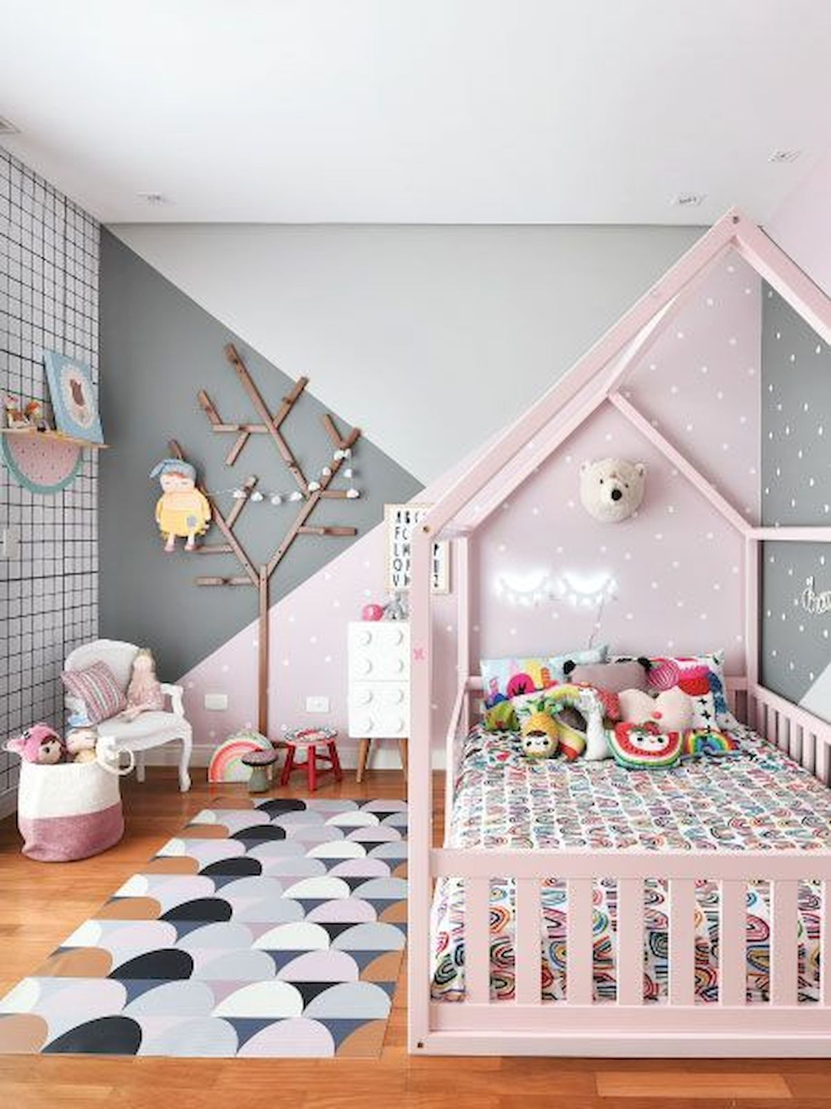 33 Adorable Nursery Room Ideas For Girl (8 images