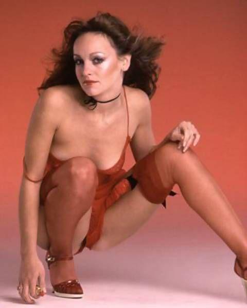 nude mature women masterbating