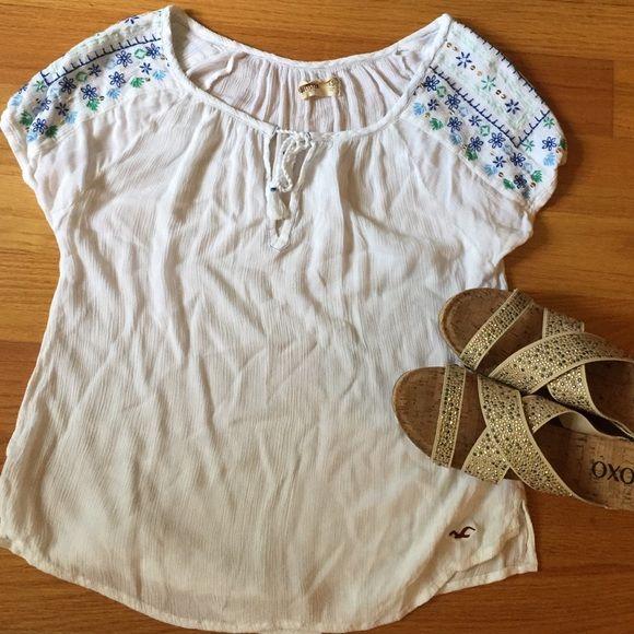 Hollister fun summer shirt Sheer, Hollister shirt. Great for Summer! Hollister Tops Blouses