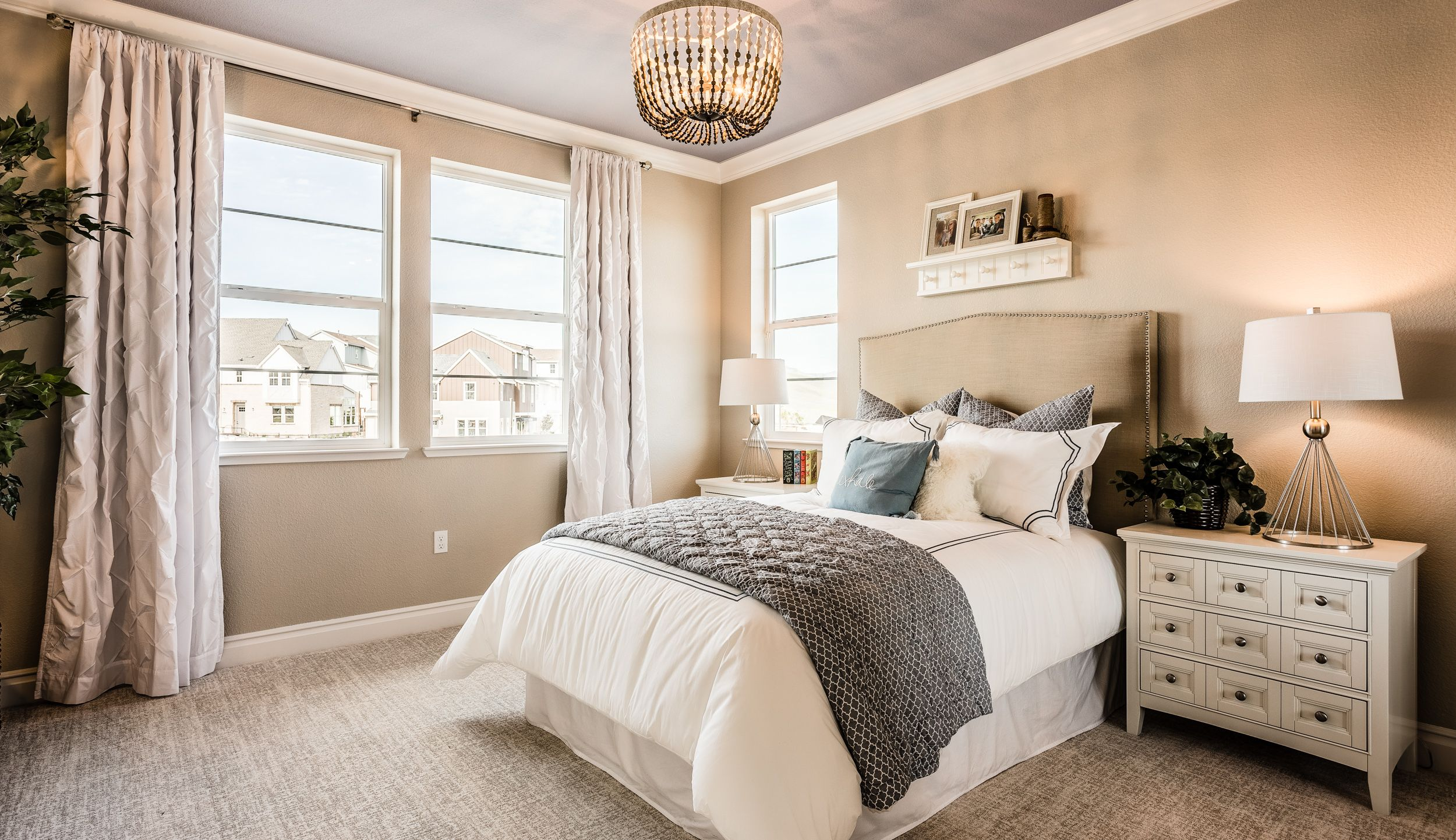 Come Home To Your Tranquil Retreat Bedroom Guestsuite Archdaily Archilovers Luxuryrealestate Decor Bayarea Bedroom Design Luxury Homes Home