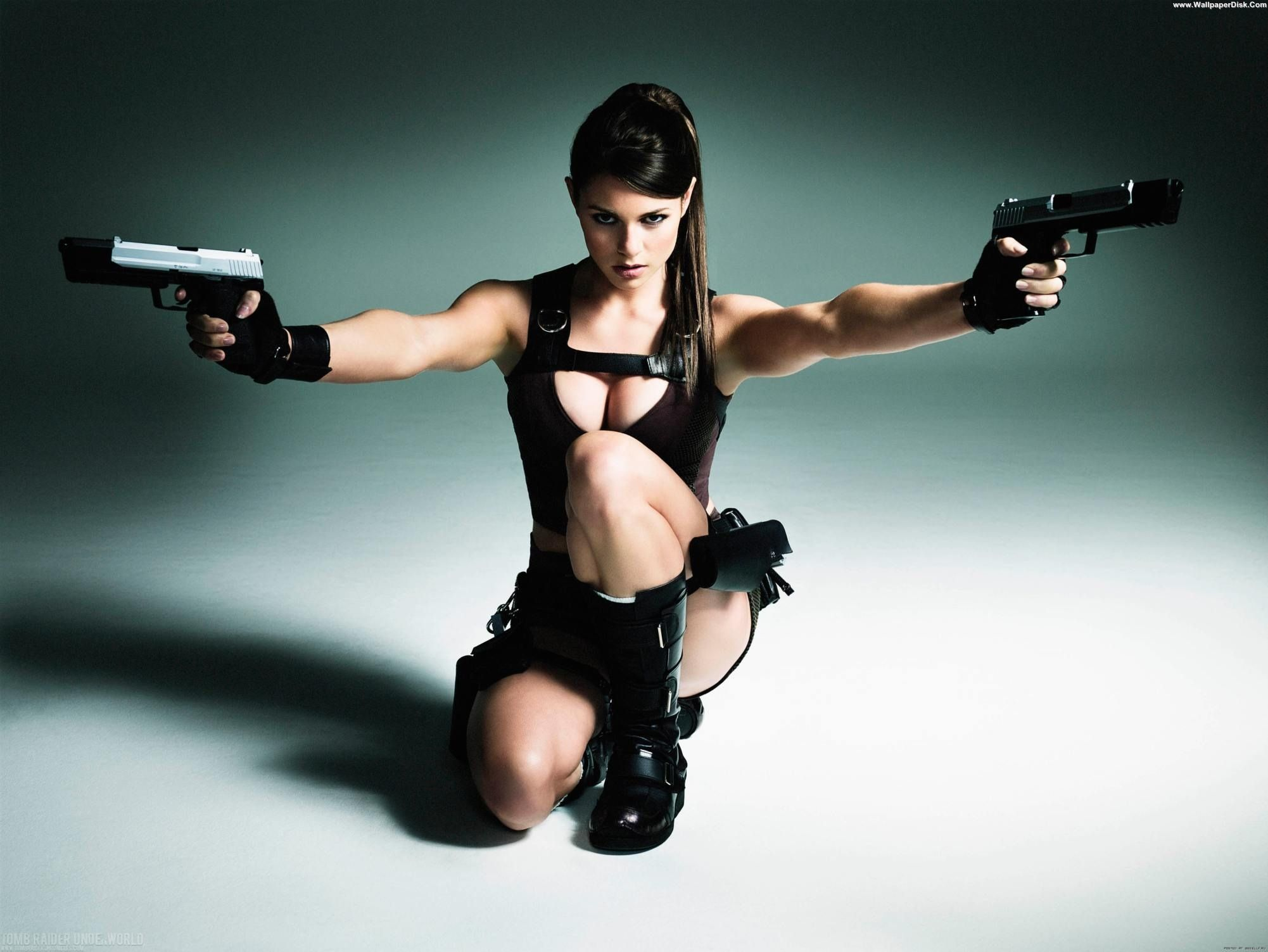 Sexy girl with gun desktop backgrounds
