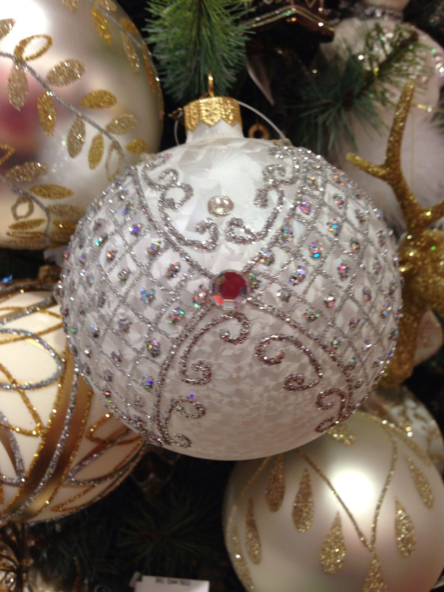 Beautiful #Christmas ornaments | ORNAMENTS | Pinterest