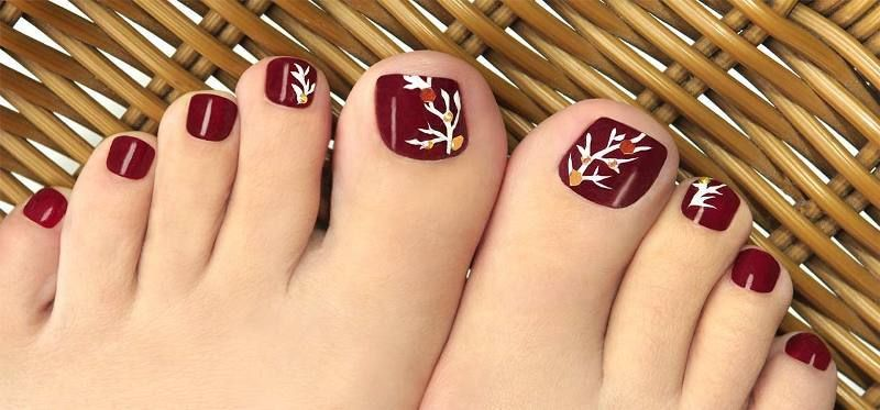45 Lovely Christmas Toenail Art Design Ideas 2017 Fashion