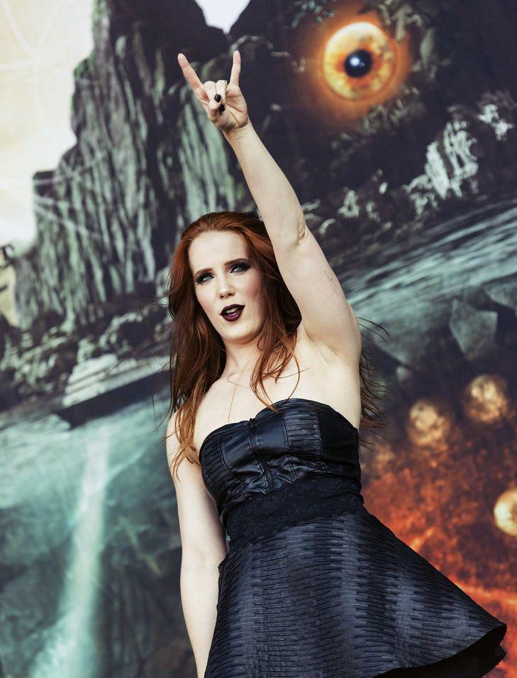 Simone Simons, Epica - Hellfest 2015