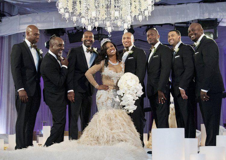 Kandi Burruss And Todd Tucker S Wedding Photos Wedding Dresses Wedding Celebrity Weddings
