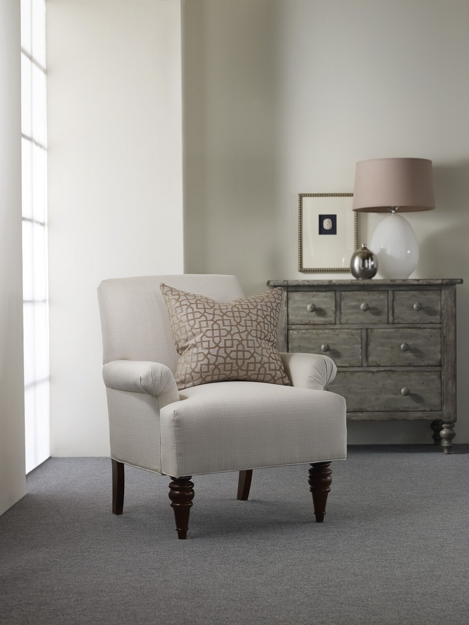 Good H Contract Furniture | HC9548 Madison Lounge Chair