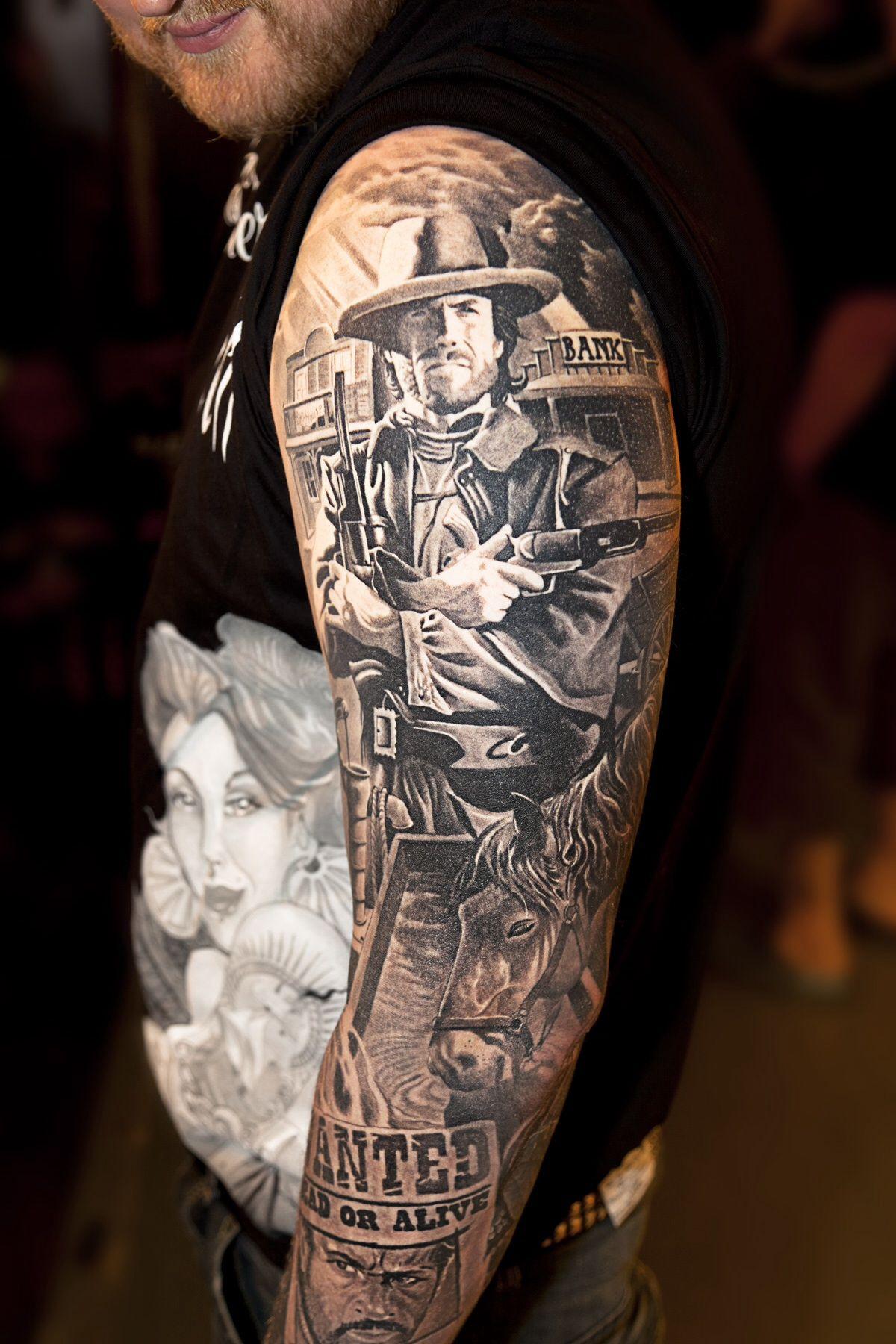 left hand tattoo piteå