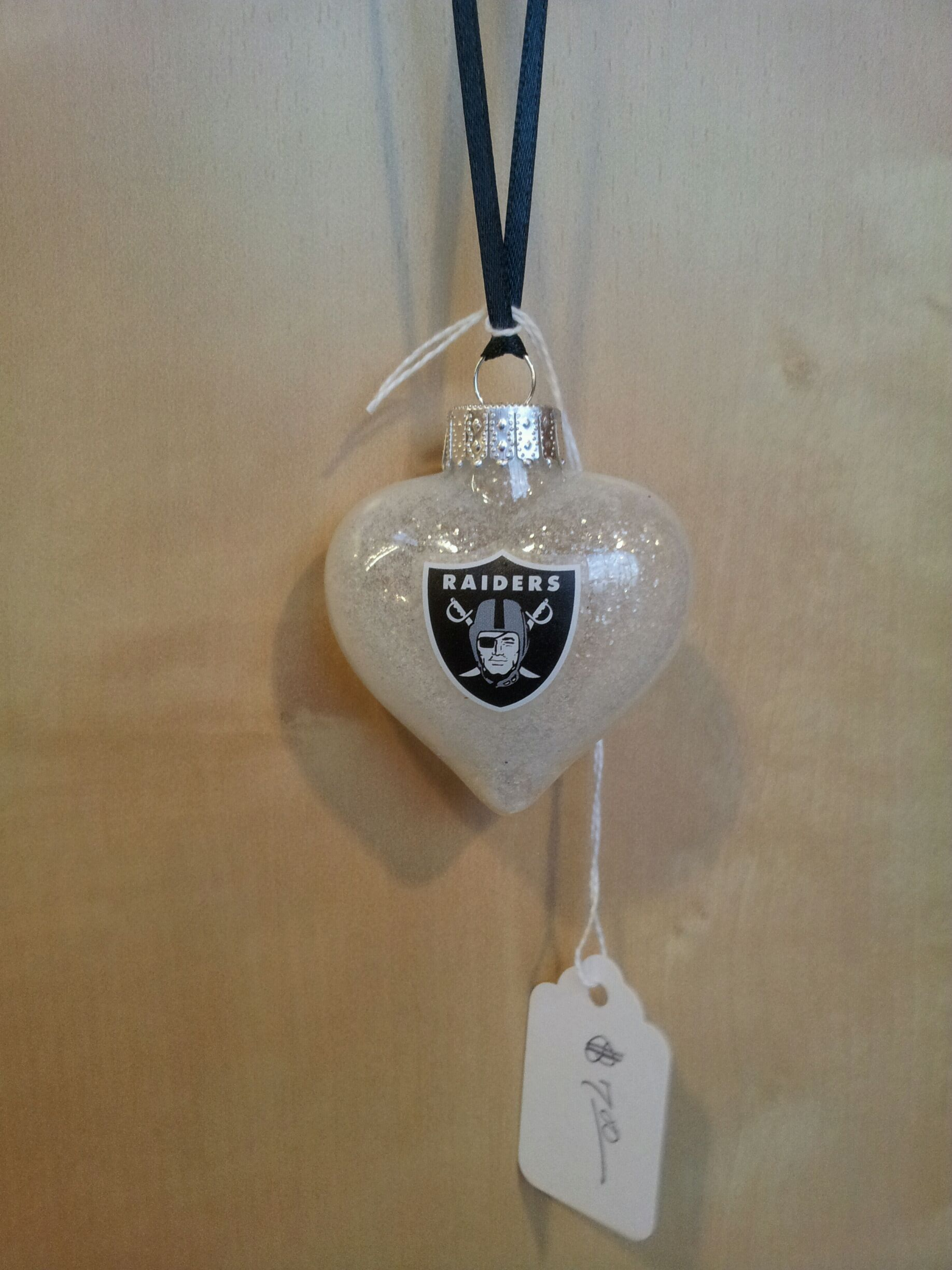 Oakland Raiders Heart handmade glass Christmas ornament | Raiders ...