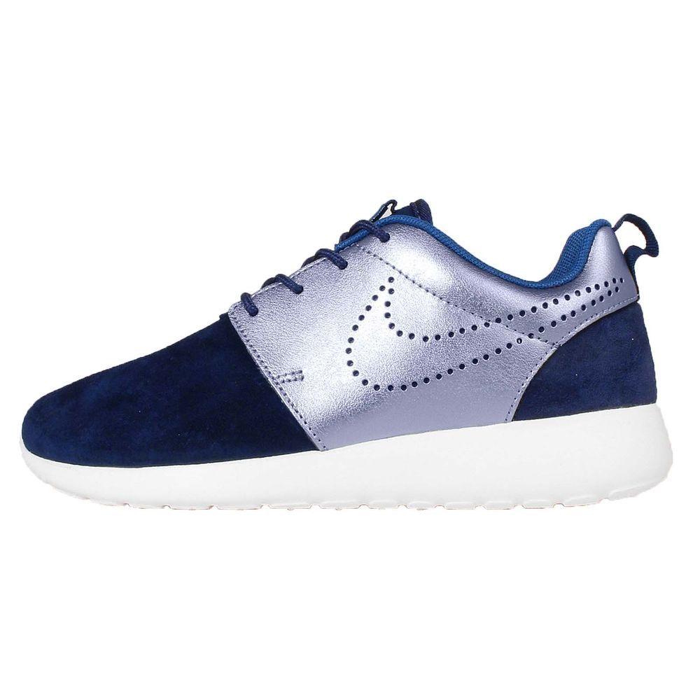 Wmns Nike Roshe One PRM Suede Rosherun Navy Womens Running Shoes 820228-400