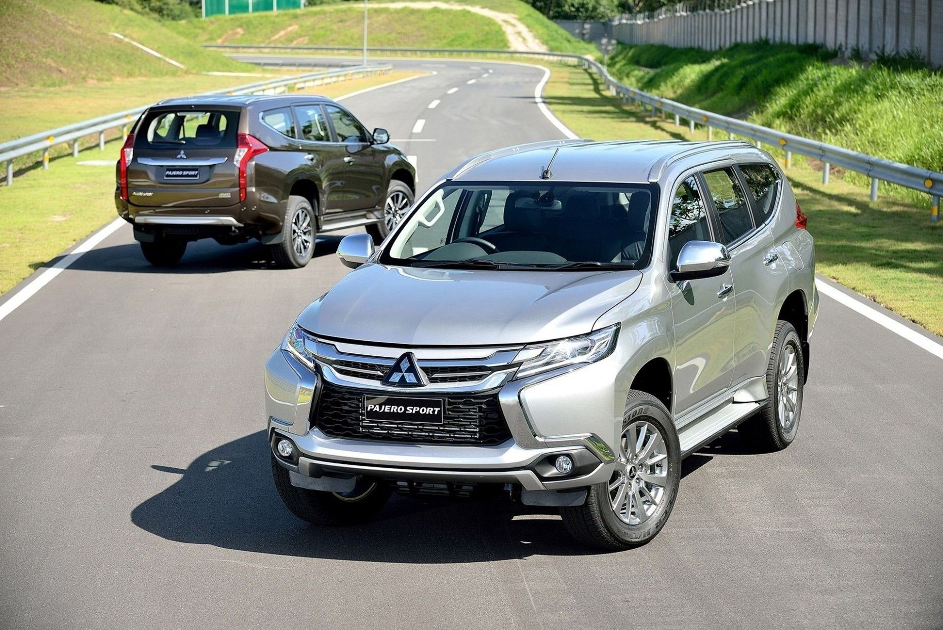 2021 Mitsubishi Montero Sport Philippines Image En 2020 Montero Sport Mitsubishi Pajero Fotos