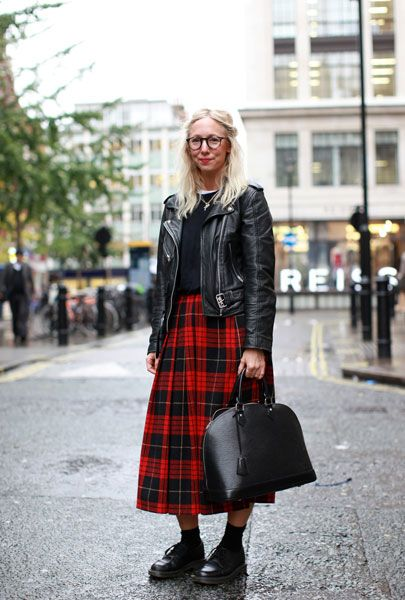 Tartan DrMartens Edgy ~ Girl Kilt With Red Vintage xrCBEQoWde