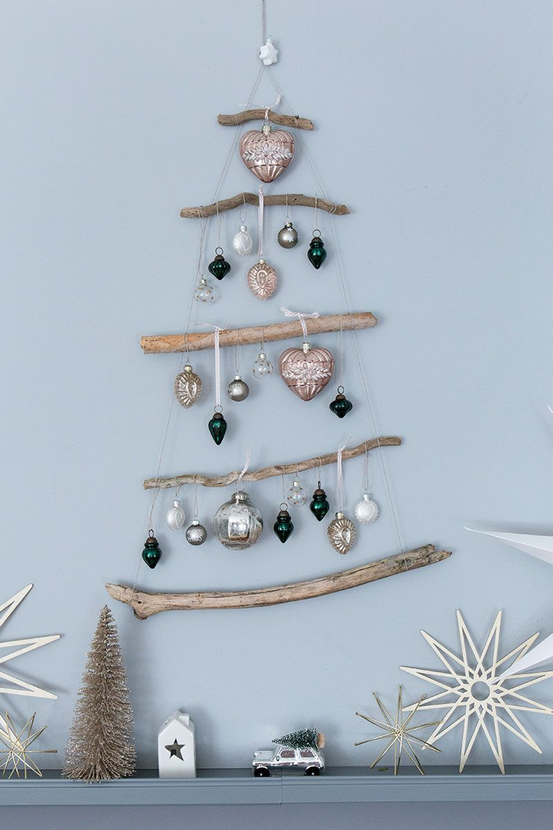 Weihnachtsbaum Spiele.Diy Weihnachtsbaum Aus ästen Diy For Christmas Christmas