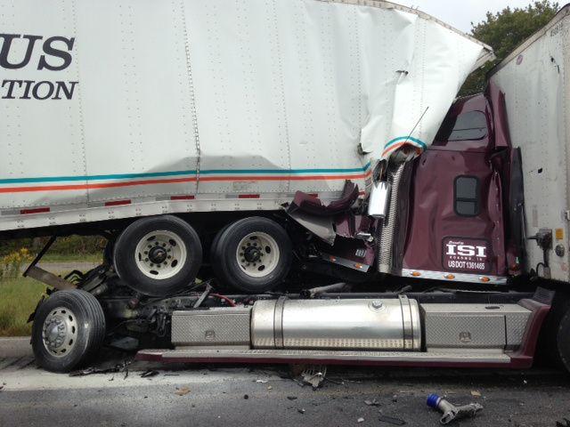 Semi Truck Accidents Google Search Trucks Big Trucks Truck
