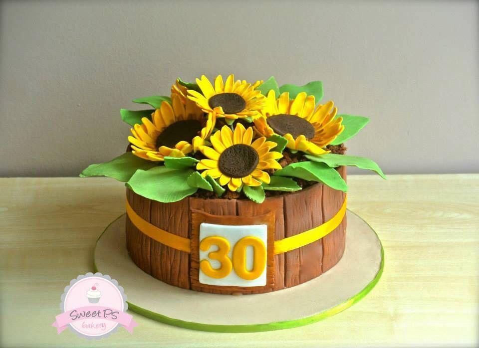 Pleasing Sunflower 30Th Birthday Cake By Sweet Ps Bakery In Maroubra New Funny Birthday Cards Online Necthendildamsfinfo