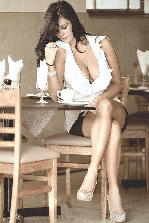 ✽ ✽ ✽ ✽ ✽ ✽ ✽ ✽ ✽ ✽ ☕ Buenos Días! #BuenosDias #Sexy #Bellas #Mujeres #Cafe #mujeresYcafe