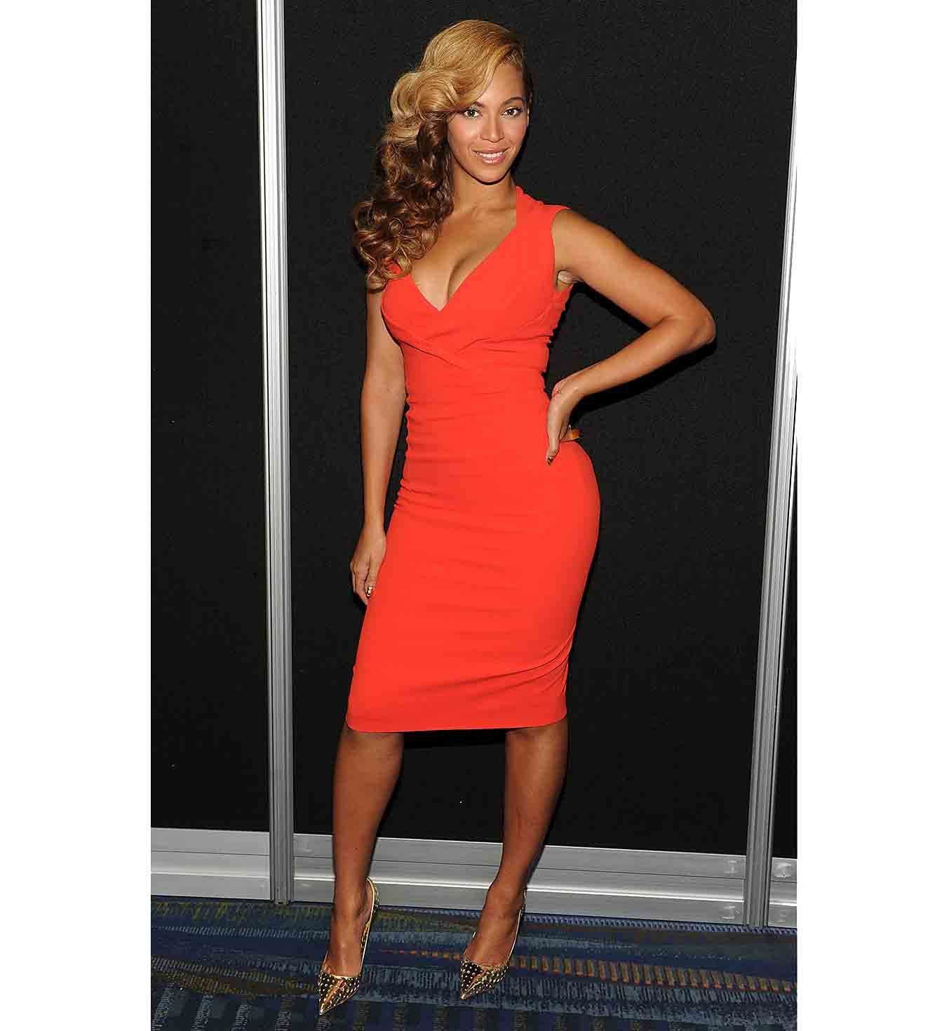 Beyonce robe rouge