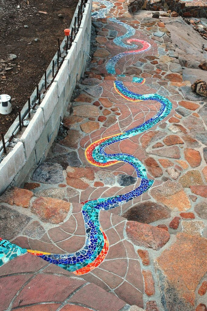 creative diy stepping stones projects on magnificent garden walkways ideas for unique outdoor setting id=24848