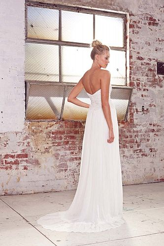 Karen Willis Holmes Iris dress (back view) available at Limelight Occasions. #karenwillisholmes #limelightoccasions #sequindress #sweetheartneck #bohovibe #bridal #weddingdress #wedding