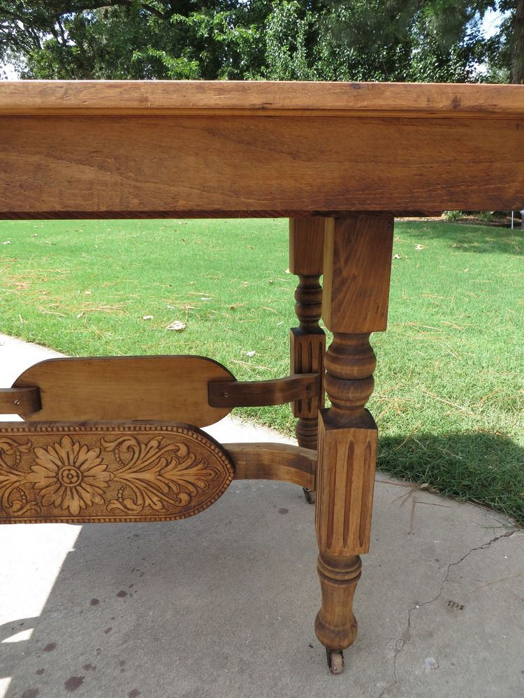Refinishing a dining table...a tutorial! | Refinish wood ...