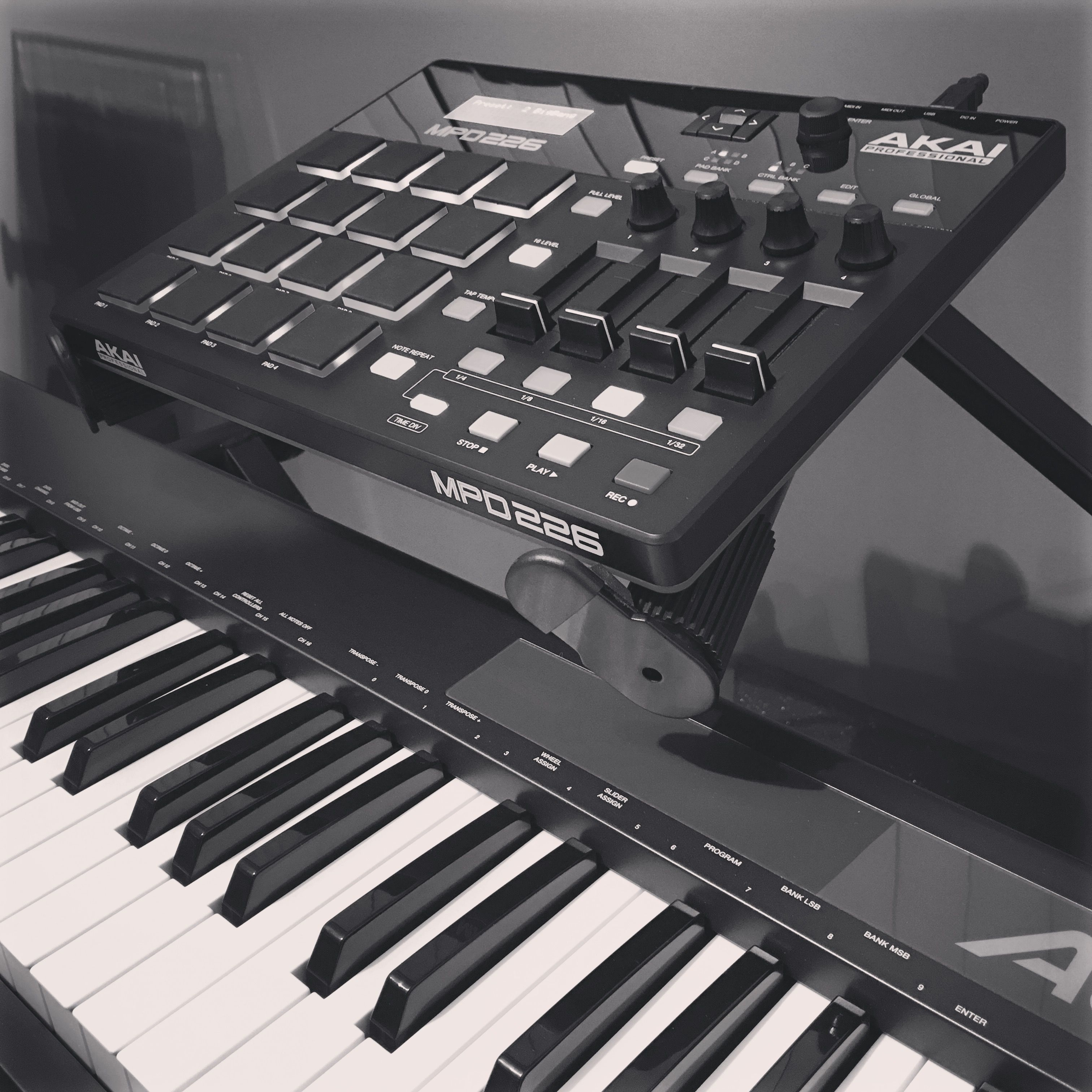 best midi controllers out there akai pro adamdahl universe milkyway earth northamerica. Black Bedroom Furniture Sets. Home Design Ideas