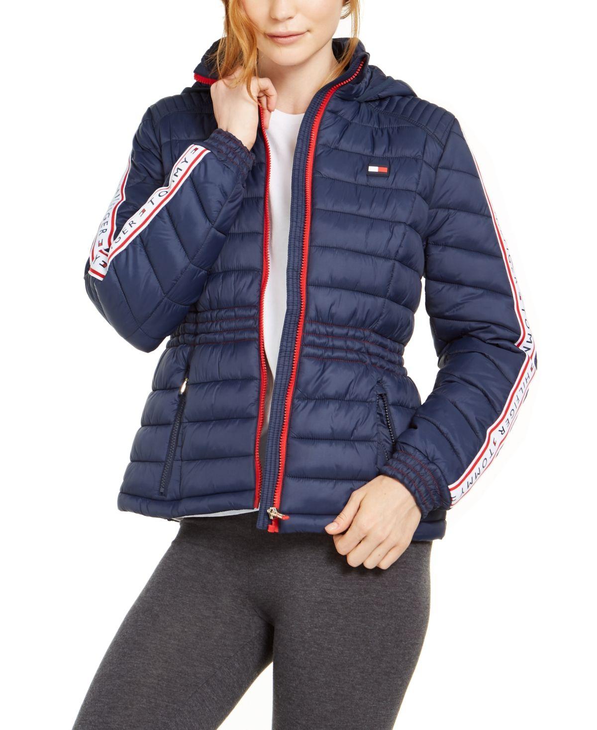 Pin By Alejandraperez On Winter Outfits Blazer Jackets For Women Quilted Puffer Jacket Puffer Jacket Women [ 1466 x 1200 Pixel ]