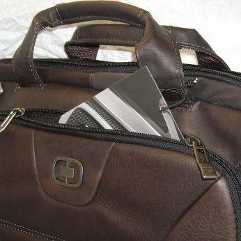 "servieta OGIO, piele naturala COLUMBIANA, 43x32x10cm, maro, laptop 17"", compartimentare ok, pasaj … http://wp.me/pg0Vx-28c via @GENTOSENII"