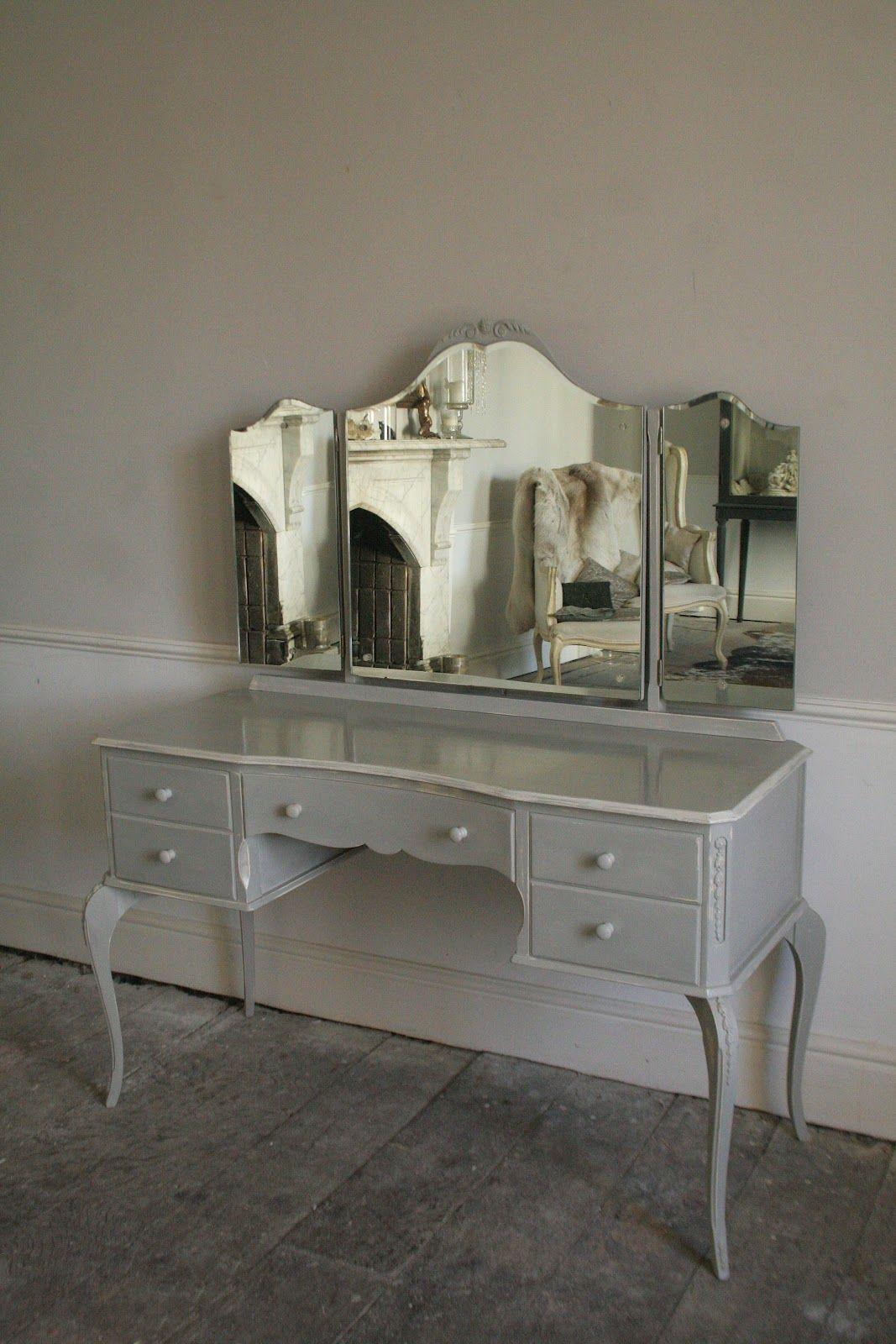 Glamorous Vintage Dressing Tablei Really Need To Do Some Estate