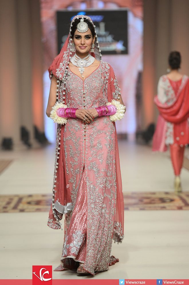 Hajra Hayat Collection at Telenor Bridal Couture Week 2014 - Day 02 ...