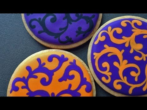 Royal Icing Filigree Cookies for Halloween! - excellent Youtube video!