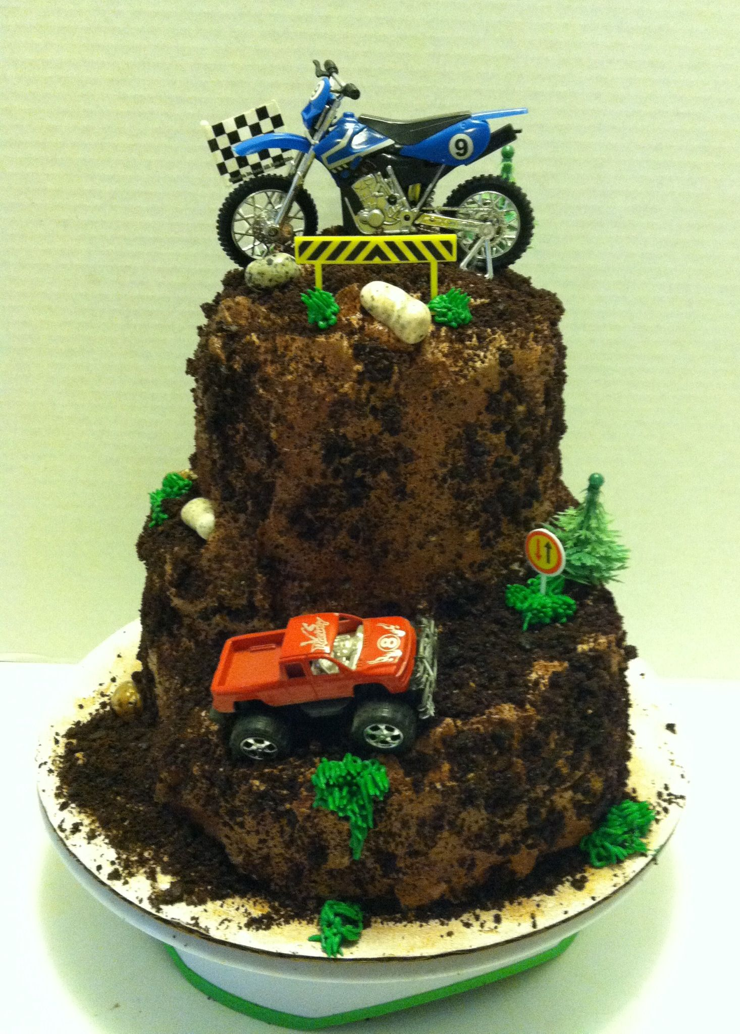 Superb Dirt Bike And Monster Truck Theme Cake Dirt Bike Cakes Bike Funny Birthday Cards Online Alyptdamsfinfo