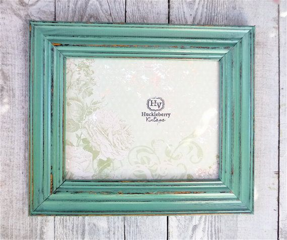 single 8 x 10 picture frame thick wood border by huckleberryvntg 2900
