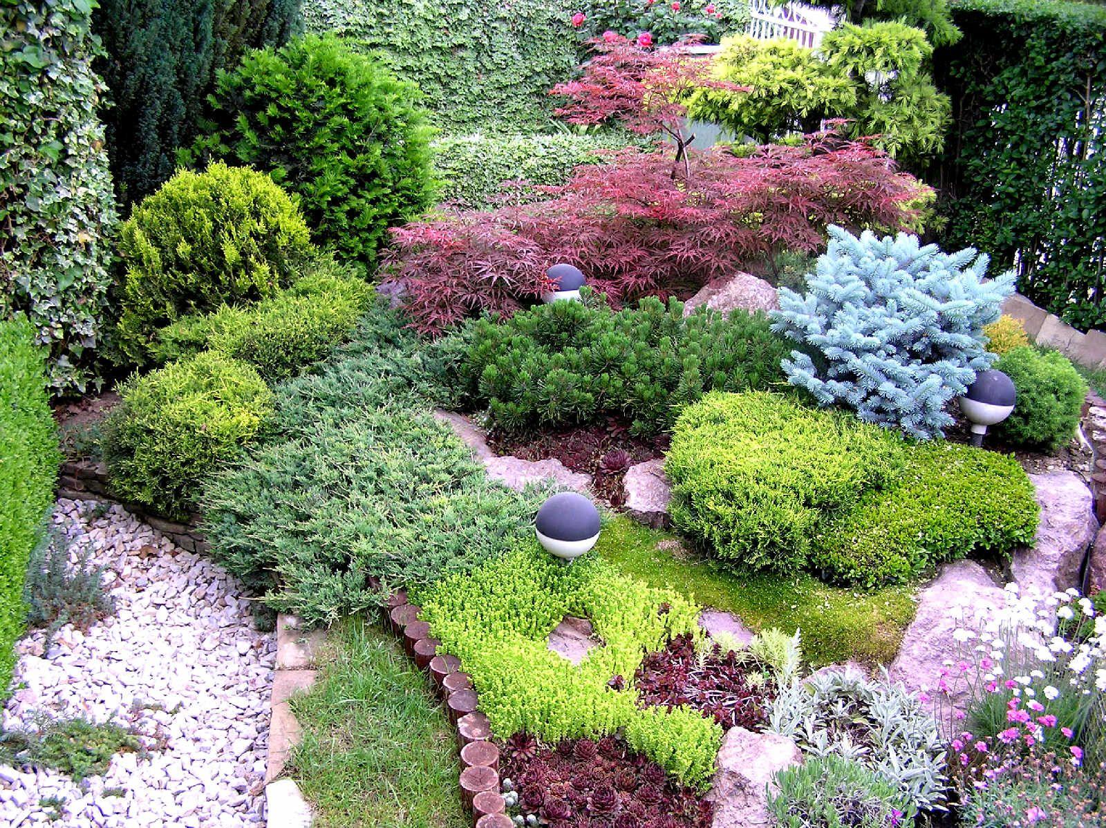 Colorful Design For A Small Garden Beautiful Gardens 640 x 480