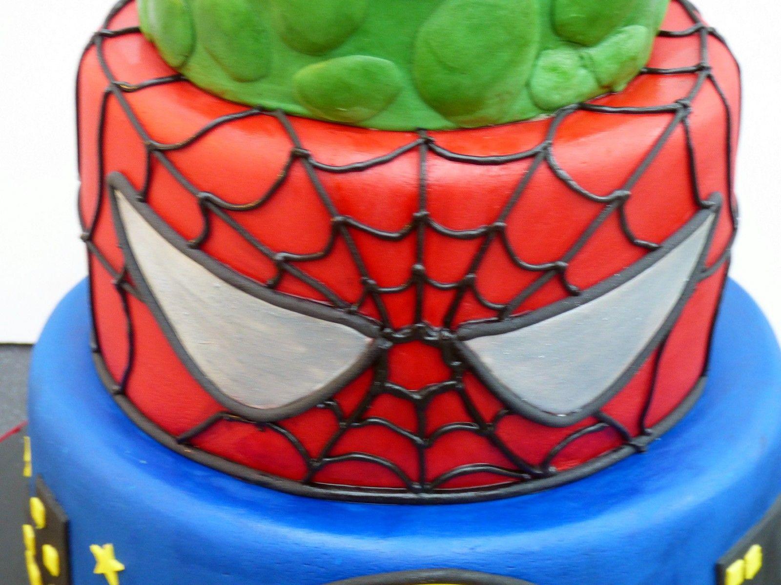 Marvel Super Heroes Cake Batman Spiderman Incredible Hulk Birthday