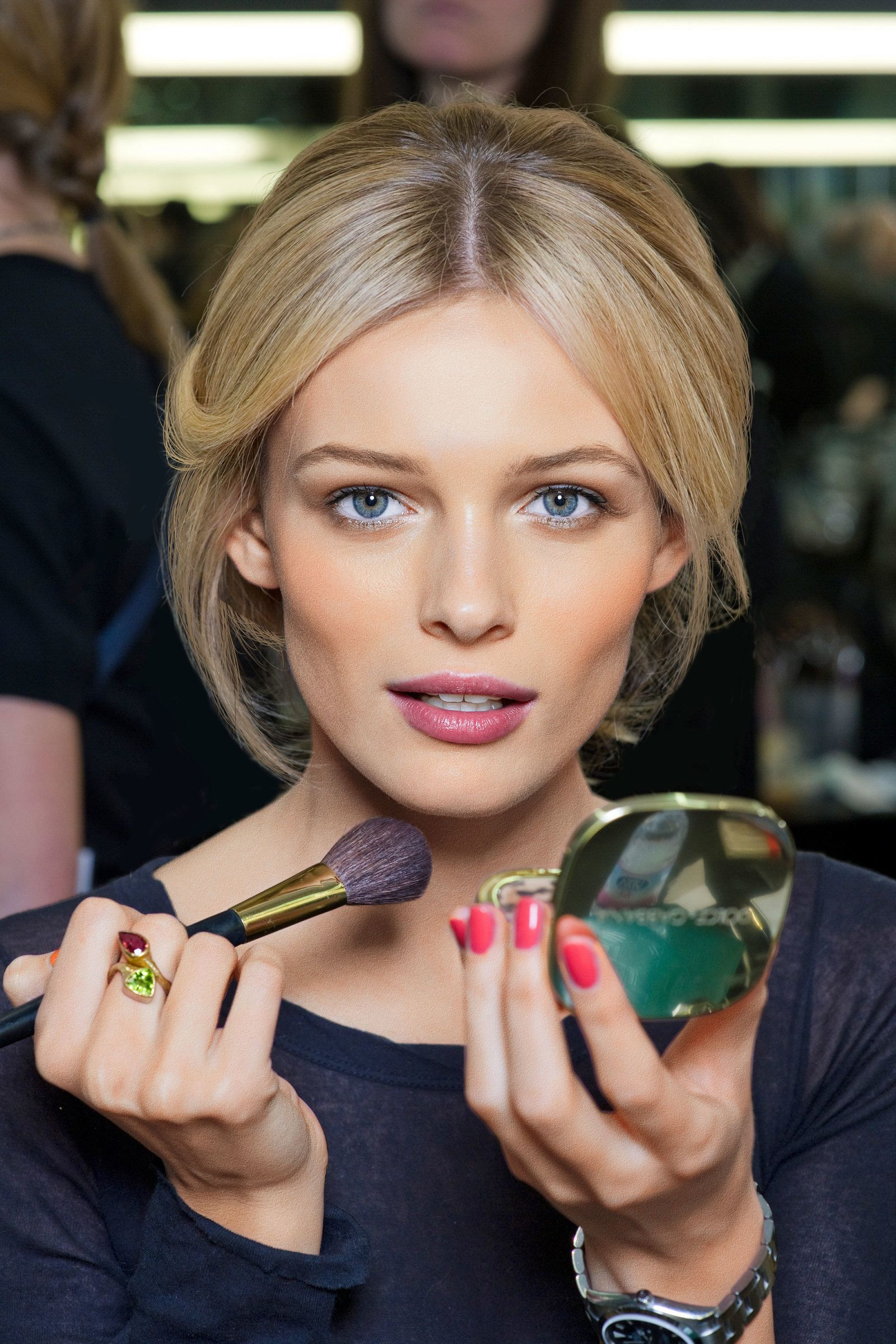 How To Choose The Right Blush For Your Skin Tone Hair
