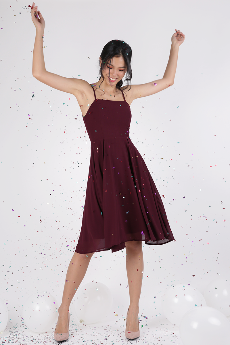 Odette Spag Midi Dress Wine Red The Tinsel Rack Dresses Midi Dress Wine Red [ 1200 x 800 Pixel ]