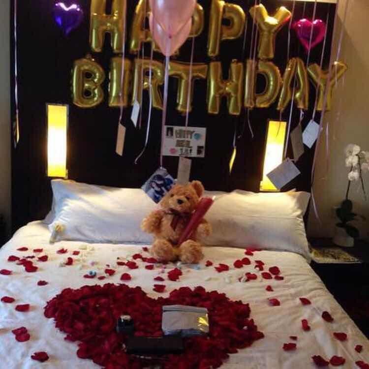 25++ Como decorar una habitacion romantica con globos inspirations