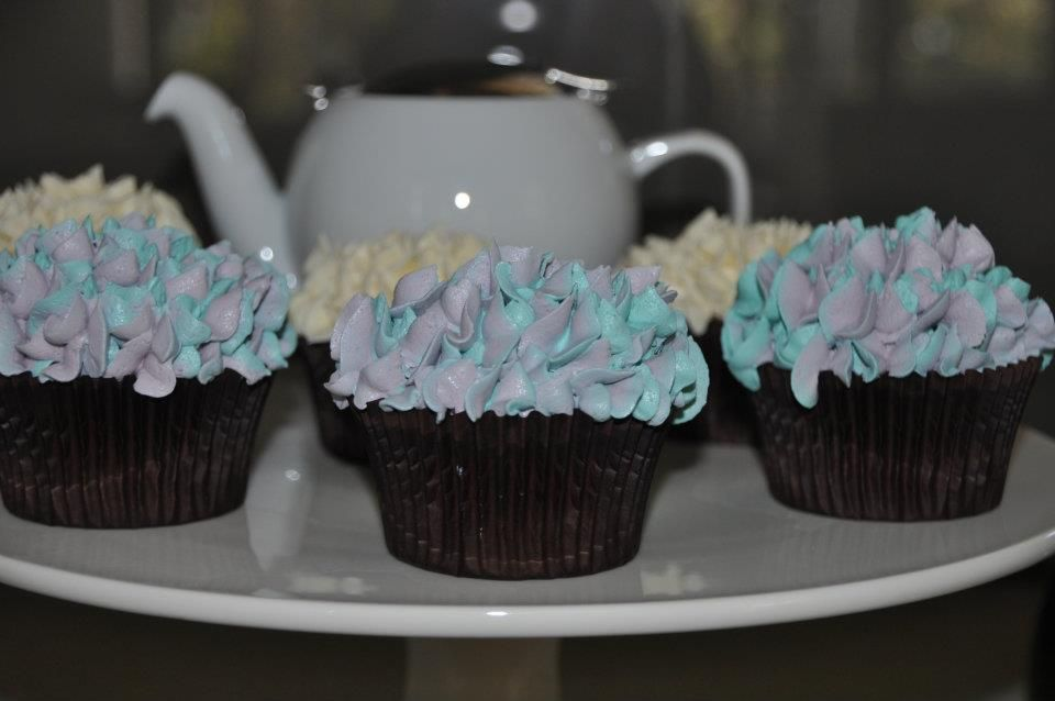 Hydrangea Cupcakes smothered in Buttercream ..Yum
