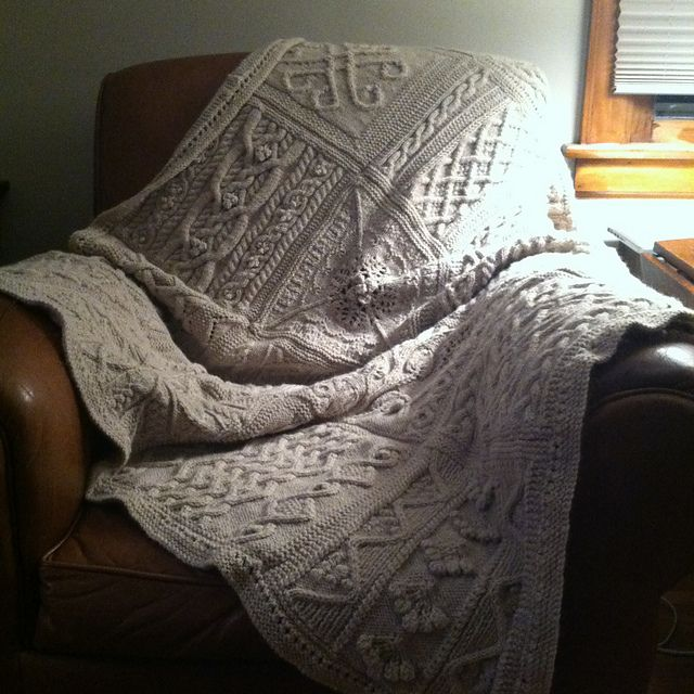 Ravelry: surlygirl\'s Great American Aran Afghan from Knitter\'s ...