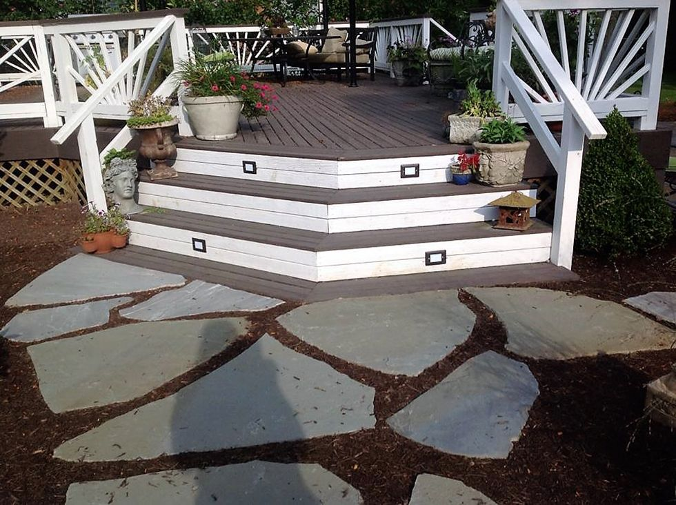 Best 5 Deck Makeover Projects That Cost Less Than A Fancy 400 x 300