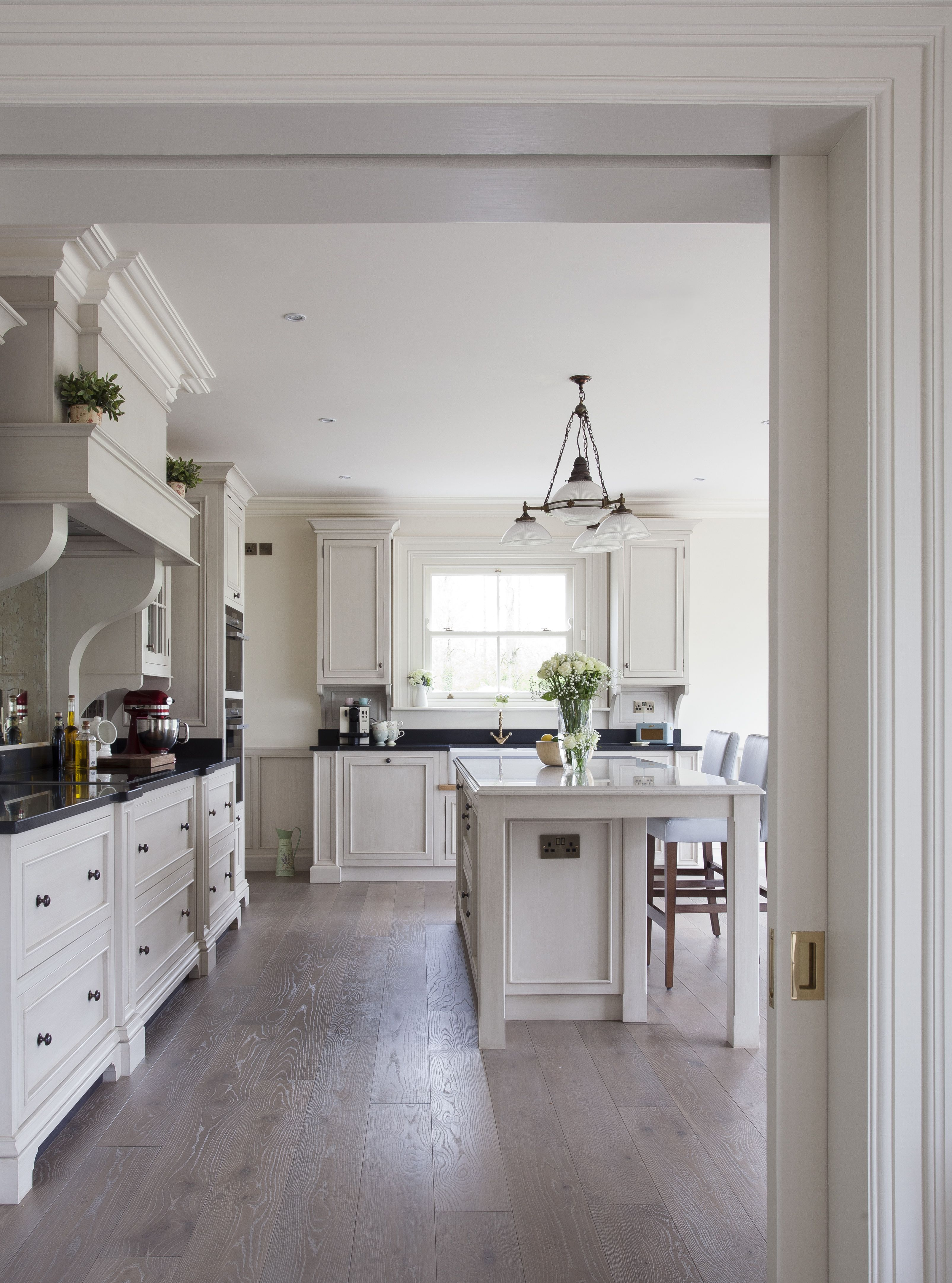 Modern Classic Kitchen Design: Contemporary Kitchen Design, Classic