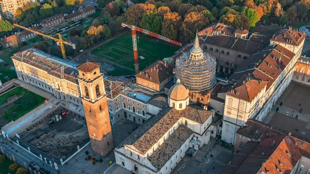 Spettacolare Torino fotografata dall'alto