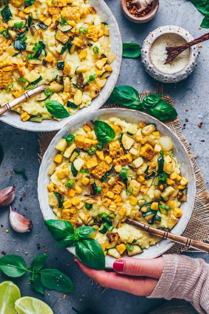 Mais-Risotto mit Zucchini | Vegan, einfach, cremig - Bianca Zapatka | Rezepte