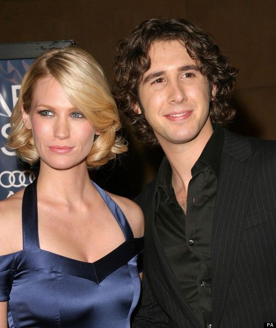 josh groban : songs, tour, wife, net worth, relationships, age, married, divorce, dating, girlfriend, wiki, bio, career, baby, engaged