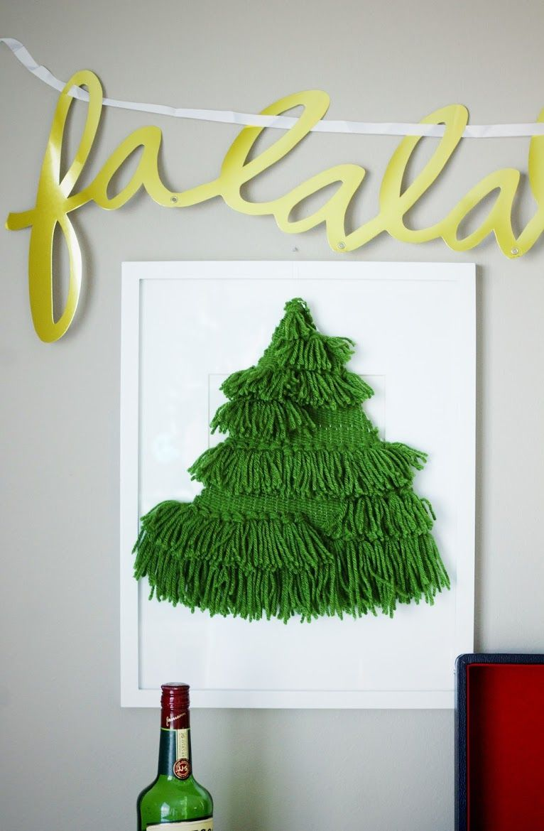 Everything Emily: DIY WOVEN CHRISTMAS TREE WALL HANGING