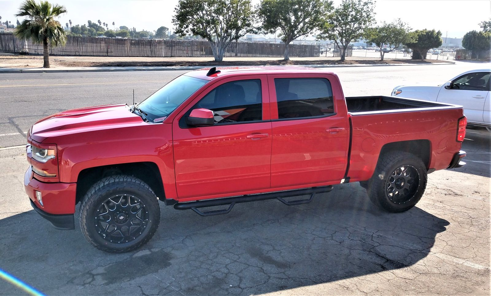 Chevy New Colorado Short Box Crew Cab Red With Best Offer Price At Westside Chevrolet Chevrolet Colorado Chevrolet Silverado 1500 Silverado 1500 For Sale